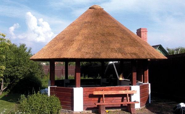 Камышовая крыша толщиной 30–35